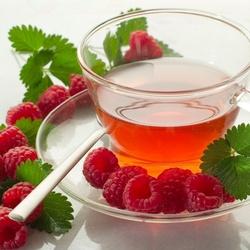 Пазл онлайн: Чай с малиной