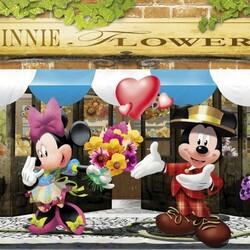 Пазл онлайн: Цветочная лавка Минни