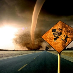 Пазл онлайн: Осторожно, торнадо