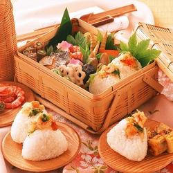 Пазл онлайн: Восточная кухня на пикнике