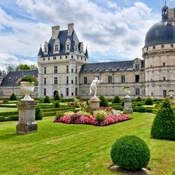 Пазл онлайн: Замок Валансе. Франция