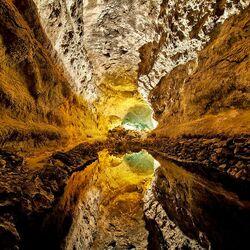 Пазл онлайн: Пещера Cueva Verde. Лансароте