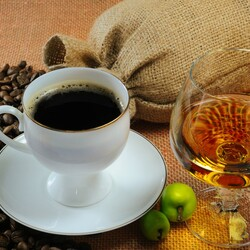 Пазл онлайн: Кофе и коньяк