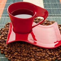 Пазл онлайн: Кофе в красной чашке