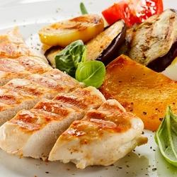 Пазл онлайн: Куриное филе с овощами
