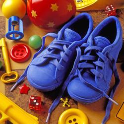 Пазл онлайн: Голубые теннисные туфли