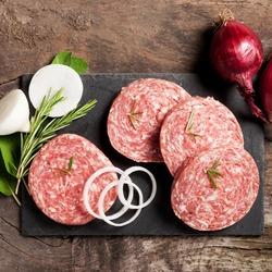 Пазл онлайн: Колбасная нарезка