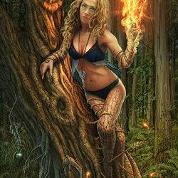 Пазл онлайн: Дриада в огне