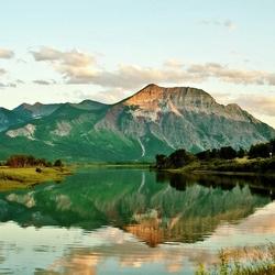 Пазл онлайн: Национальный парк Уотертон-Лейкс