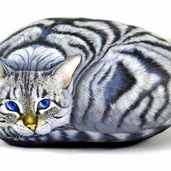 Пазл онлайн: Кошка на камне