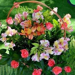 Пазл онлайн: Разноцветье в корзине