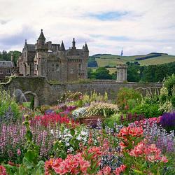 Пазл онлайн: Замок Абботсфорд