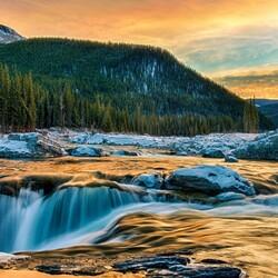 Пазл онлайн: Горная река