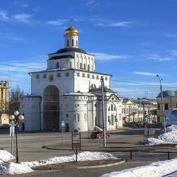 Пазл онлайн: Золотые ворота во Владимире