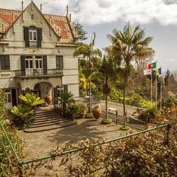 Пазл онлайн: Дворец Монте