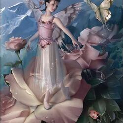 Пазл онлайн: Розовая фея