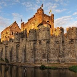 Пазл онлайн: Замок Гент