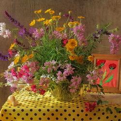 Пазл онлайн: Натюрморт с полевыми цветами