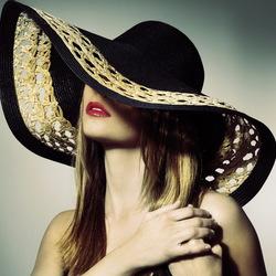 Пазл онлайн: Всё дело в шляпе