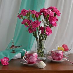 Пазл онлайн: Букет розовых гвоздик