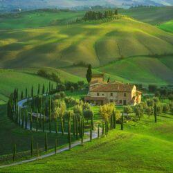 Пазл онлайн: Тоскана весной