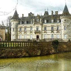Пазл онлайн:  Замок-отель