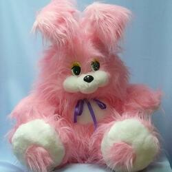 Пазл онлайн: Розовый зайка
