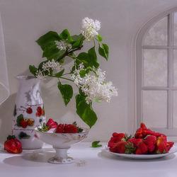 Пазл онлайн: Сиренево-клубничный аромат