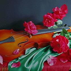 Пазл онлайн: Розы и скрипка
