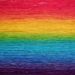 Пазл онлайн: Радужные нитки