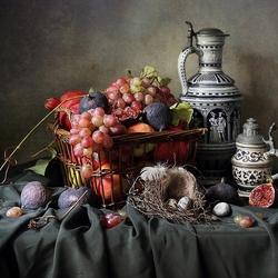 Пазл онлайн: С корзиной фруктов и гнездом