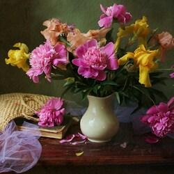 Пазл онлайн: Цветочные сплетенья