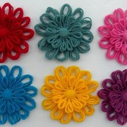 Пазл онлайн: Цветы из ниток