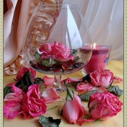 Пазл онлайн: Свеча и розы