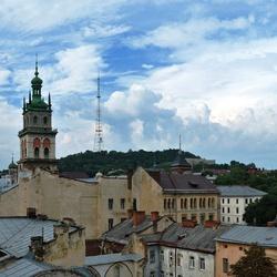 Пазл онлайн: Над крышами