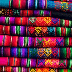 Пазл онлайн: Мексиканские ткани