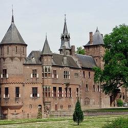 Пазл онлайн: Замок де Хаар