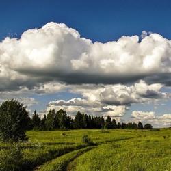 Пазл онлайн: Такие низкие облака