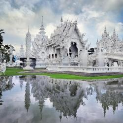 Пазл онлайн: Буддийский храм Ват Ронг Кхун