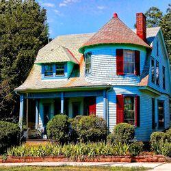 Пазл онлайн: Викторианский домик в Калифорнии