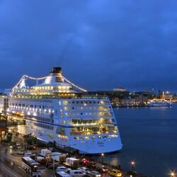 Пазл онлайн: Круизный лайнер ''Birka Stockholm''