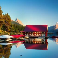 Пазл онлайн: Дом на озере