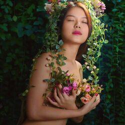 Пазл онлайн: Весенняя красавица