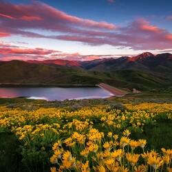 Пазл онлайн: Утро в горах