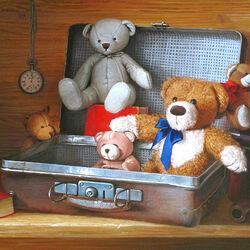 Пазл онлайн: Волшебный чемоданчик из детства