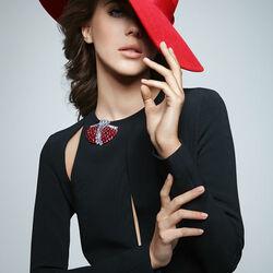 Пазл онлайн: Красное и черное
