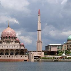 Пазл онлайн: Мечеть Путра в Путраджайе, Малайзия