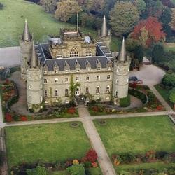 Пазл онлайн: Замок. Вид сверху