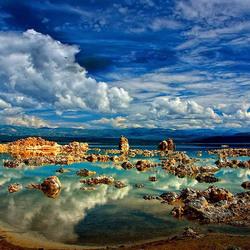 Пазл онлайн: Озеро Моно