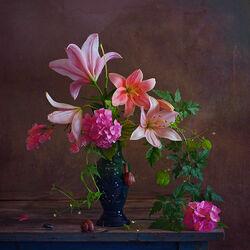 Пазл онлайн: Натюрморт в розовых тонах
